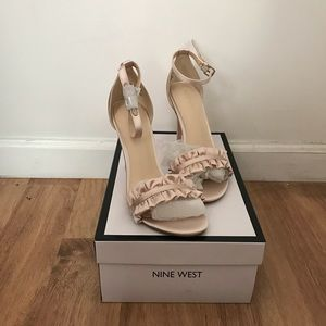 - BRAND NEW NINE WEST NUDE RUFFLE HEELS